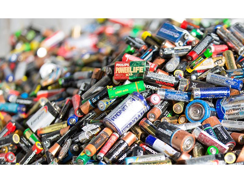 batteries1-1